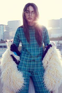 Glamour Mexico December 2016 Anisia Khurmatulina by Vladimir Marti - Fashion Editorials