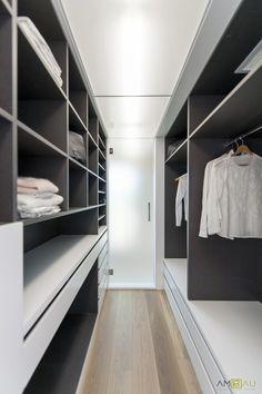 Ideas de #Dormitorio, Vestidor, estilo #Contemporaneo color  #Gris, diseñado por AMBAU TALLER D