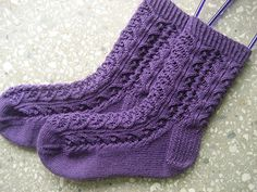 Ravelry: Whirligig Socks pattern by verybusymonkey Crochet Quilt, Crochet Socks, Knitted Slippers, Slipper Socks, Knitting Socks, Baby Knitting, Knit Crochet, Knit Socks, Lace Socks