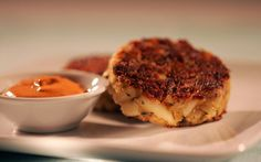 Easy dinner recipes: It's Friday! Celebrate with crab cakes