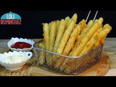 PALITOS DE PATATA Y QUESO, UN APERITIVO O ENTRANTE FÁCIL Y DELICIOSO. Loli Domínguez. Recetas. - YouTube Potato Dishes, Potato Recipes, Tasty Videos, Mediterranean Dishes, Hors D'oeuvres, Antipasto, Finger Foods, Food And Drink, Appetizers