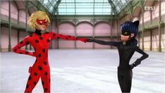 Costume switch! (Miraculous LadyBug, Chat Noir)