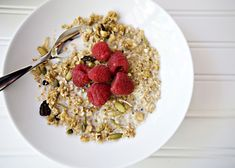 Christmas Morning Granola recipe - So healthy and delicious, perfect breakfast.