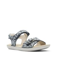 361cef08ef6b Clarks Ivy Blossom Junior - Kids Sandals Navy Floral 13.5 F (Medium) Kids  Sandals