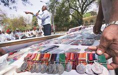 दिल्ली: जंतर-मंतर पर पुलिस-पूर्व सैनिकों के बीच हाथापाई
