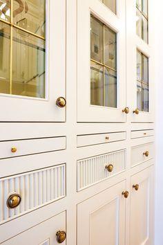 Interior Architecture, Interior Design, Cabinet Styles, Cabinet Design, Built Ins, Cool Kitchens, Kitchen Remodel, Condo Kitchen, Kitchen Design