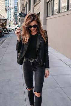 All black outfit, street style and winter fashion 2017
