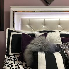 The LED light on this headboard is giving us serious Friday vibes. Diy Wall Decor For Bedroom, Bedroom Furniture Sets, Cozy Bedroom, Bedroom Ideas, Brown Headboard, Modern Headboard, Trendy Bedroom, Modern Bedroom, White Pillows