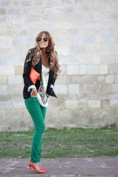 A good way to dress up my green skinny jeans for winter/the holidays