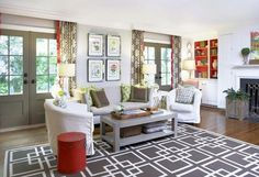 Accessorizing with geometric patterns throughout brings this living space together.