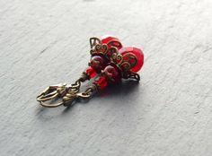 Ohrringe - gecrashtes Rot von Perlenfontäne auf DaWanda.com