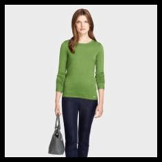 ☘☘BROOKS BROTHERS Sweater Beautiful Brooks Brothers woman's sweater. Crew neck with lattes weave running down the sleeve and on the cuff as seen in picture 2&3. Worn once. 70% silk 30% cotton. Lightweight, great for spring. High quality. Price firm unless bundled.  Brooks Brothers Sweaters Crew & Scoop Necks