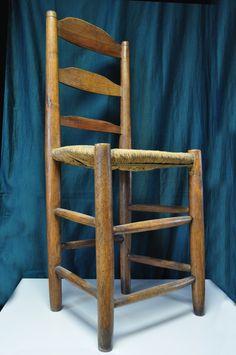 Chair used by St. Therese in the convent.SANTA TERESITA USABA ESTA SILLA EN EL CONVENTO