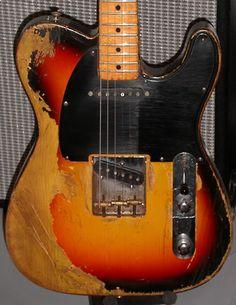 One relic guitars, David Gilmour's modified Esquire