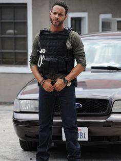 Daniel sunjata wearing that vest reminds me of the shield