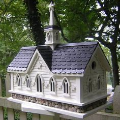 This functional birdhouse is inspired by the Iconic Star Barn in the Amish Country near Lancaster County, Pennsylvania. Stars all the way around adorn this beautifully detailed bird house. A river sto