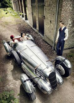 """A basic meaning of a sports automobile is """"a little low vehicle with a high-powered engine, and generally seats two individuals"""". Vintage Sports Cars, New Sports Cars, Vw Vintage, Vintage Racing, Roadster, Old Classic Cars, Cabriolet, Amazing Cars, Courses"""