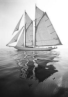 Sailing - Gaff Rigging