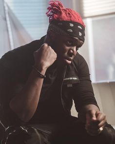 @ksi Wearing the Cargo Military Vest – Available to Shop Online Now Sidemen Members, Military Vest, Cargo Vest, Zip Puller, The Jacksons, British Boys, Best Youtubers, Baby Daddy