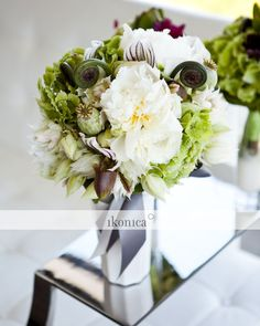 bouquet - fiddlehead ferns, gorgeous    ikonica_MG_3457