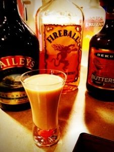 Carrot Cake Shooter 1 part butterscotch schnapps 1 part Bailey's 1 part Fireball whiskey or cinnamon schnapps Pour into a shaker and shake on ice then strain into a shot glass. they're great party shots. Fun Cocktails, Party Drinks, Cocktail Drinks, Fun Drinks, Yummy Drinks, Cocktail Recipes, Beverages, Party Shots, Fireball Drinks