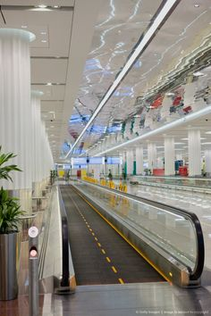 Image Detail for - Moving walkway in Dubai Airport, Terminal 3