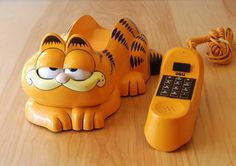 Had this phone as a teenager...80s garfield phone by tyco
