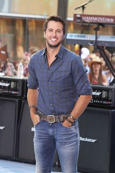 Luke Bryan - Luke Bryan Performs in NYC