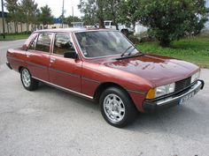 Learn more about Sharp Looking 1982 Peugeot 604 STi on Bring a Trailer, the home of the best vintage and classic cars online. Retro Cars, Vintage Cars, Peugeot 3008, 308 Gti, Peugeot France, Automobile, Classic Motors, Citroen Ds, Top Cars
