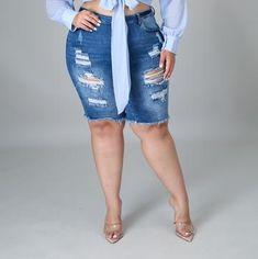 CurvePlus Clothing – Heels & Curves Fashion Beautique Casual Shorts, Denim Shorts, Size Clothing, Bermuda Shorts, Curves, Spandex, Zipper, Cotton, Closure