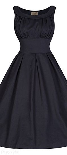Lindy Bop 'Selema' Elegantly Vintage Fifties Style Dress Not a huge fan of sleeveless dresses, but like the color and full skirt with waist band. Fifties Style, Fifties Fashion, Retro Fashion, 1920s Style, Get Dressed, Sleeveless Dresses, Prom Dresses, Beautiful Outfits, Pretty Outfits