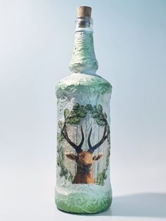 Garrafa deer decor wine bottle decoupage handpainted homedecor giftidea for hunters for a hunting event for father for friend for birthday by biborvarazs on Etsy Red Centerpieces, Deer Decor, Red Home Decor, Fall Gifts, Flower Boxes, Hunters, Mother Gifts, Decoupage, Bottles