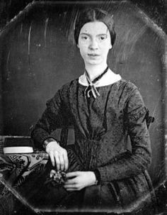 The best Emily Dickinson poems are about grief, pain, death, and faith. Here's a list of the ten best Emily Dickinson poems to get started reading her work. Writers And Poets, Book Writer, Book Authors, James Joyce, Emily Dickinson Poemas, American Poets, Oscar Wilde, Before Us, Jane Austen