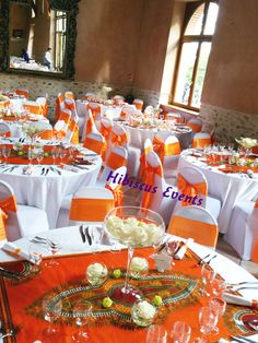 It is with a great pleasure and a certain excitement that I prepared the wedding of this pretty couple. She, Congolese sparkling energy … - New sites Colour Schemes, Wedding Color Schemes, Wedding Colors, Table Orange, A Line Long Dress, Wedding Decorations, Table Decorations, Orange Wedding, Hibiscus