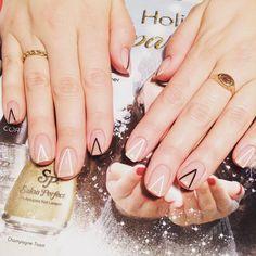 いいね!201件、コメント2件 ― Rainbow Nailsさん(@rainbownails_)のInstagramアカウント: 「I never get tired of doing all kinds of minimal nails, so stylish and clean! ☺️ #nail #nails…」