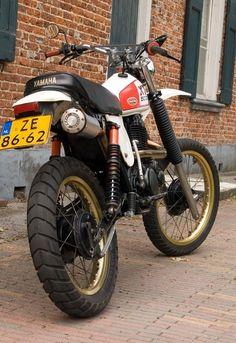 Yamaha Motorcycles, Cars And Motorcycles, Honda Dominator, Tracker Motorcycle, Off Road Bikes, Bike Pic, Retro Bike, Motor Scooters, Dirtbikes