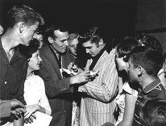 Photos d'Elvis Presley peu commune