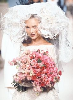 Kate Moss at Guy Laroche Haute Couture, 1996 Kate Moss, Isabella Blow, Dream Wedding, Wedding Day, Wedding Pins, Wedding Beauty, Wedding Flowers, Wedding Dresses, Wedding Bouquet