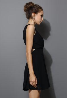 Chiffon Open-back Dress in Black