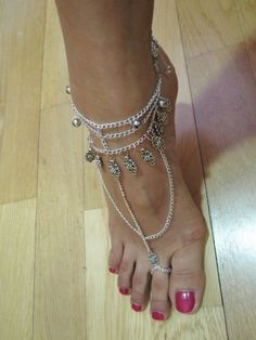 DIY: Bohemian-inspired Metal Chain Foot Harness | Random chic musings.  love love love!!!!!!!!