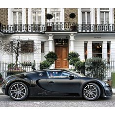London living with the #Bugatti Veyron