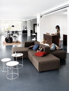 Your sofa is the heart of your living room. Browse luxury modern sofas and contemporary sofa designs from fresh Danish designers here at BoConcept. Boconcept Sofa, Interior Desing, Interior Exterior, Interior Design Inspiration, Sofa Design, Canapé Design, Contemporary Sofa, Modern Sofa, Modular Couch