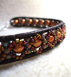 Elegante pulsera de cuero Plus lindo