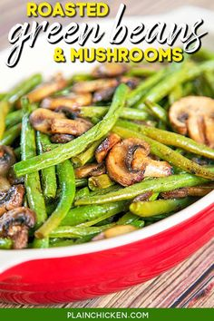 Roasted Green Beans and Mushrooms Recipe - fresh green beans and mushrooms tossed in olive oil, balsamic, garlic salt, pepper and baked. SO simple and SOOO delicious! Ready in about 20 minutes. #lowcarb #keto #glutenfree #greenbeans #mushrooms #sidedish Vegetable Sides, Vegetable Recipes, Veggie Side, Chicken Stuffed Peppers, Stuffed Mushrooms, Pepper Chicken, Chicken Risotto, Chicken Rice, Chicken Noodles