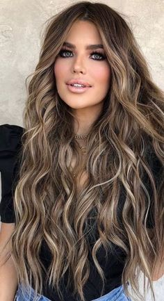 Brown Hair Color Shades, Golden Brown Hair Color, Brown Hair With Blonde Highlights, Light Brown Hair, Brown Hair Colors, Hair Highlights, Darkest Brown Hair Color, Copper Brown Hair, Warm Blonde