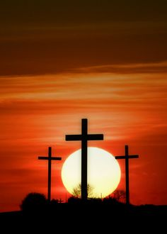 photo by Susan Zeman Logan Iowa Cross Wallpaper, Jesus Wallpaper, Cross Pictures, Jesus Pictures, Old Rugged Cross, The Cross Of Christ, Cross Art, Biblical Art, God Prayer