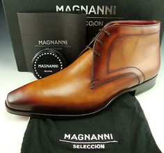 Magnanni Ankle boot with great Hand finished petina.