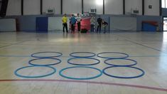 Family Party Games, Youth Group Games, Fun Party Games, Physical Activities For Kids, Indoor Activities For Kids, Church Games, Gym Games, Team Building Activities, School Games