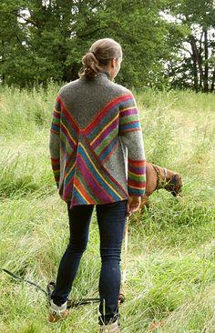 Ravelry: Pulloncho pattern by Annett Cordes Ravelry, Knitted Poncho, Hand Knitting, Weaving, Men Sweater, Wool, Crochet, Womens Fashion, Pattern