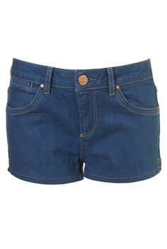 Use a jeans sewing pattern and just cut it short, but perhaps not that short. Really nice shade of bluein these.
